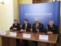 13-02-15 Wroclaw - podpis dodatku (1)